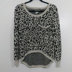 Animal print cropped sweater